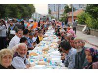 Ereğli'de geleneksel mahalle iftarları sürüyor