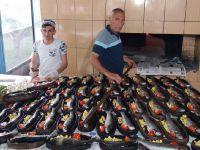 Havuzbaşı Canlı Alabalık iftar programlarında müşterilerinin hizmette