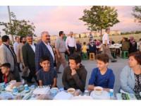 """Başkan Özgüven: """"40 bin hemşehrimizle iftar sofrasında buluştuk"""""""