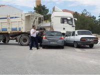 Eskil'de trafik kazası birisi ağır 2 yaralı
