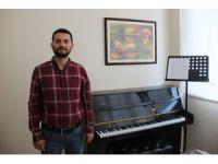 Meral Akşener'in sosyal paylaşım sitesinde paylaşılan şarkının bestecisinden tepki