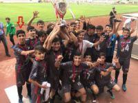 Eskilli oyuncunun kadrosunda yer aldığı futbol takımı Türkiye şampiyonu oldu