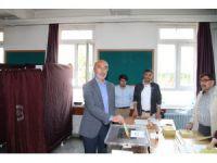 AK Parti Konya İl Başkanı Hasan Angı oyunu kullandı