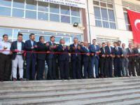 Milli Eğitim Bakanı Yılmaz açılış yaptı, temel attı
