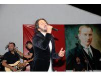 Akşehir'de Fettah Can Konseri