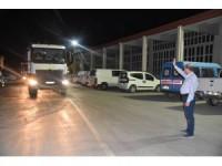 Başkan Pekyatırmacı, gece mesaisinde çalışan ekipleri ziyaret etti