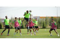 Atiker Konyaspor'da, Bursaspor maçı hazırlıkları sürüyor