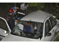 Motosikletle otomobil çarpıştı: 10 yaralı