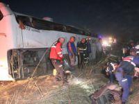 Aksaray'da otobüs şarampole devrildi ilk belirlemelere göre 5 ölü, çok sayıda yaralı var