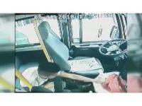 Minibüsten 30 saniyede 100 lira çalan hırsız güvenlik kamerasına yakalandı