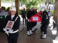 Kalp krizi sonucu hayatını kaybeden polis memleketi Aksaray'da toprağa verildi