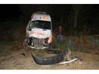 Görevden dönen ambulans şarampole yuvarlandı: 4 yaralı