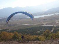 Seydişehir Çal Tepesinde İlk Kez Yamaç Paraşütü Atlayışı Gerçekleştirildi