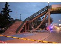 Konya'da üst geçit merdiveni çöktü: 1 yaralı