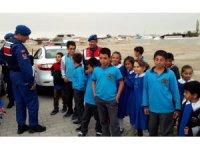 Sultanhanı Jandarması ilçe ve köy okullarında güvenliği sağlıyor