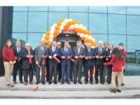Konya OSB'deki meslek lisesinin atölye binasi ve spor salonu açıldı