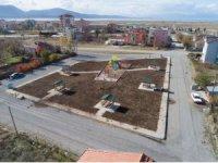 Beyşehir Belediyesi'nin park çalışmaları sürüyor
