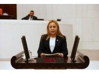 """MHP Konya Milletvekili Esin Kara: """"Vergi ödemenin kul hakkı ve milli ödev olduğu küçük yaşta aşılanmalı"""""""