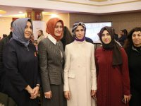 """Sümeyye Erdoğan Bayraktar: """"Kadınlarımızın siyasete aktif katılımı kaçınılmazdır"""""""
