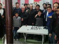 CHP Gençliğinden Eşmekaya'ya anlamlı ziyaret