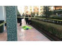 4. kattan düşen yaşlı kadın hayatını kaybetti
