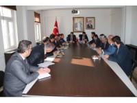 Yunak'ta seçim güvenliği toplantısı yapıldı