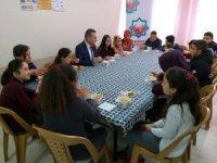 Derebucak'ta öğrencilere obeziteye karşı çorba dağıtımı