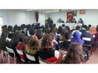 Kulu'a Çanakkale Şehitleri anısına şiir yarışması düzenlendi