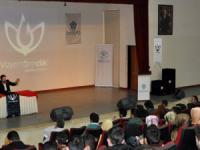 Savcı Sayan, Türkiye'yi İslam bir arada tutuyor