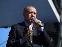 """Cumhurbaşkanı Erdoğan: """"Bizler teröristlerle omuz omuza yürüyenlere hadi yürüyün diyemeyiz"""""""
