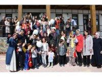 Başkan Toru özel çocuklar ve aileleriyle bir araya geldi