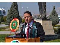 """Baro Başkanı Aladağ: """"Avukat, adaletin vatandaşla kurduğu köprüdür"""""""