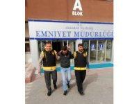 Kesinleşmiş hapis cezası bulunan 2 şüpheli yakalandı