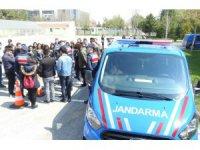 Turizm öğrencilerinden Jandarmaya ziyaret