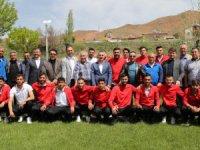 Aksaray protokolünden Aksaray Belediyespor'a tam destek