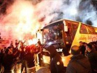 Şampiyon olan 68 Aksaray Belediyespor çoşkuyla karşılandı