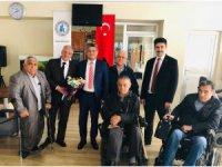 Konya SMMMO Başkan Adayı Abdil Erdal'dan Sakatlar Derneğine ziyaret