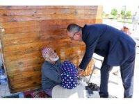 Başkan Kavuş, hobi bahçelerinde vatandaşlara misafir oldu
