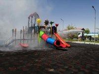 Eskil'de çocuk oyun parkı yandı
