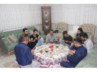 Başkan Tutal iftar sofrasında öğrencileri evinde konuk etti