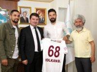 Aksaraylı futbolcular, Başkan Evren Dinçer'i ziyaret etti