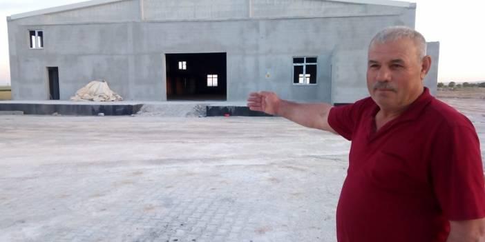 İsimde muhtar, hizmette başkan! Ahmet Kırlı şimdi de 1 Milyon TL'ye düğün salonu yaptı