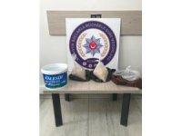 Konya'da bayram önlemleri uygulamasında 2 kilo eroin ele geçirildi.