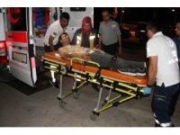 Kavgada bıçaklı saldırıya uğrayan genç yaralandı