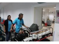 Aksaray'da tarım işçilerini taşıyan minibüs devrildi: 11 yaralı