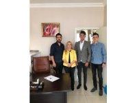MHP'li Esin Kara sorunları dinliyor