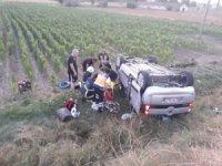 Aksaray'da hafif ticari araç şarampole devrildi: 5 yaralı
