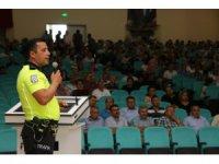 Beyşehir'de öğretmenlere trafik eğitimi verildi