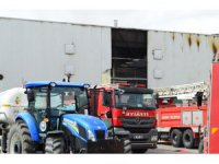 Aksaray'da mikser fabrikasında yangın: 2 işçi dumandan zehirlendi