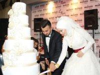 Enver Tüzün evlendi